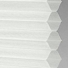 Material 18522 Sheer/White